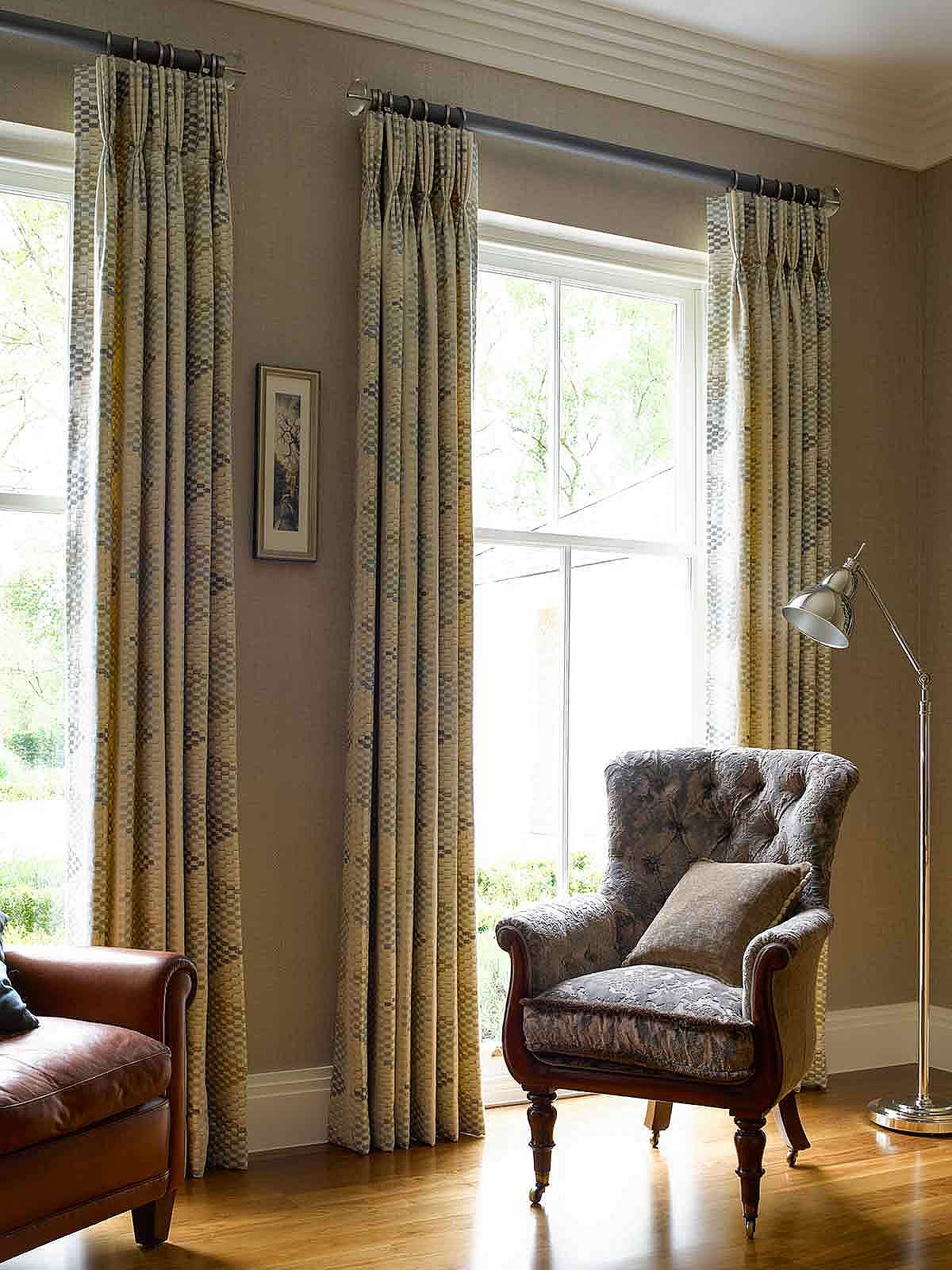 Lined and interlined pinch pleated curtains